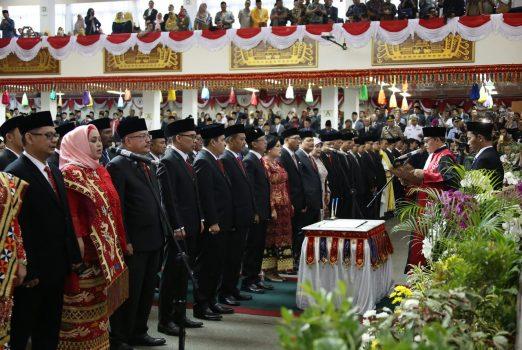85 Anggota DPRD Lampung 2019-2024 Resmi Diangkat Sebagai Wakil Rakyat