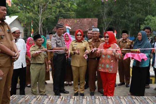 Bupati Winarti Meresmikan Taman Wisata Jaya Pacing