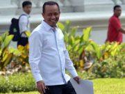 Bahlil Lahadalia tersenyum lebar usai bertemu Presiden Jokowi, di Istana Kepresidenan, Jakarta, Selasa (22/10) sore.Foto: Setkab