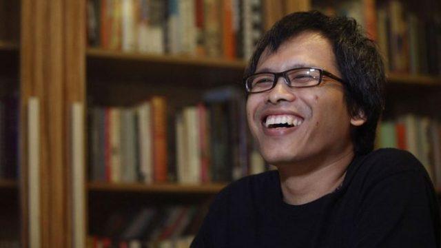 Eka Kurniawan (Foto: pojokseni.com)