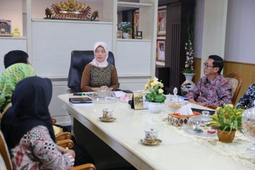 Buka Call Center, Komisi Informasi Puji Wagub Lampung