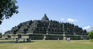 Candi Borobudur (wikipedia.org)