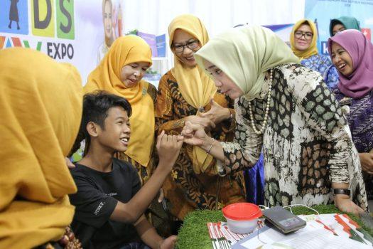 Bunda PAUD Lampung Ajak Anak Anak Lestarikan Permainan Tradisional