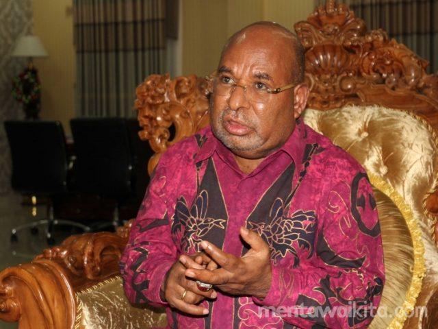 Gubernur Papua, Lukas Enembe (Foto: mentawaikita.com/Aryo)