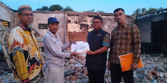 Lazismu Lampung Tengah Salurkan Bantuan pada Korban Kebakaran