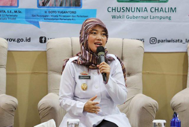 Wagub Lampung Chusnunia Chalim pada acara Workshop Pengembangan Desa Wisata di Provinsi Lampung, Hotel Bukit Randu, Bandarlampung, Rabu (20/11/2019).