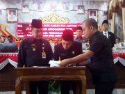 Penandatanganan nota kesepakatan KUA-PPAS Lampung Utara tahun 2020.