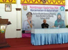 Walikota Herman HN membuka acara pembinaan kaderitas PKK kecamatan dan kelurahan dalam rangka Bulan Bakti Gotong Royong