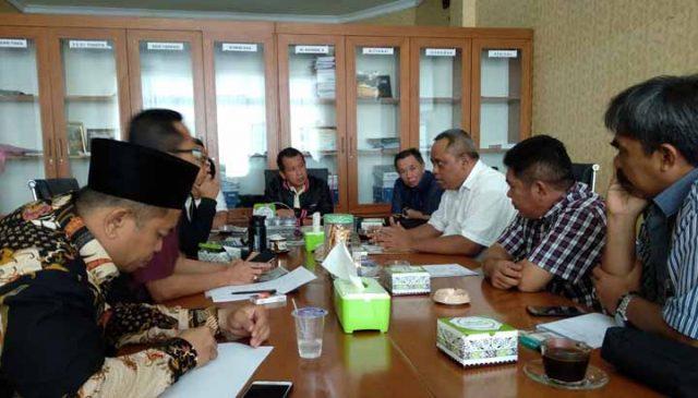 Dengar pendapat Komisi III DPRD Kota Bandarlampung dengan Dinas PU dan rekanan, Kamis, 19 Desember 2019.