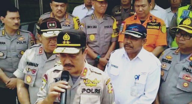 Kabaharkam Polri, Irjen Pol Agus Andrianto memberikan keterangan kepada awak media terkait kunjungannya di Pelabuhan Bakauheni