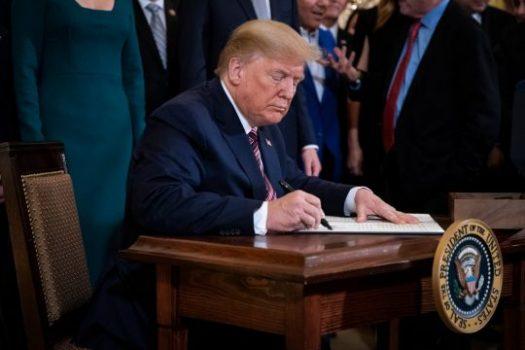 Donald Trump Klaim Punya Bukti Corona dari Laboratorium di Wuhan