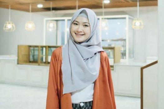 Aneka Kreasi dan Model Hijab