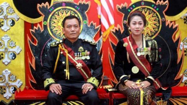 Toto Santosa dan Fanni, warga Desa Pogung Jurutengah, Kecamayan Bayan, Kabupaten Purworejo, Jawa Tengah, ditangkap polisi dari Polda Jateng, Selasa petang (14/1/2020).