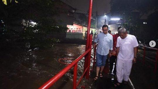 Soal Banjir Jakarta, Anies Mengaku Fokus Kerja, Abaikan Serangan Buzzer