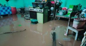 Banjir yang merendam sejumlah pemukiman warga di Desa Sidorejo, Kecamatan Sidomulyo, Lampung Selatan, Selasa (7/1/2020) malam.