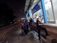 Kondisi Halte Transjakarta JCC Senayan yang mengalami kerusakan imbas demonstrasi mahasiswa, Selasa, 24 September 2019. Dok: PT Transjakarta