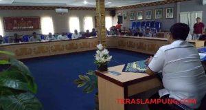 Suasana rapat para dokter spesialis bersama Pj. Sekkab Lampung Utara membahas alasan dan solusi dari aksi mogok kerja