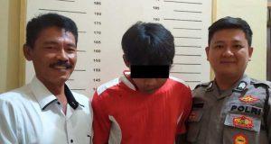 AS, residivis begal dan pemerkosaan di Kota Metro, Lampung, menyerahkan diri ke Polsek Trimurjo, Lampung Tengah, karena takut ditembak polisi. Foto: Polsek Trimurjo
