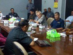 Rapat dengar pendapat Komisi III DPRD Lampung Utara bersama perwakilan PT TWBP dan perwakilan warga untuk membahas seputar tuntutan warga, Sabtu (7/2/2020).