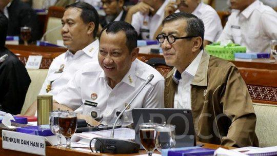 Politikus Gerindra Cecar Yasonna soal Salah Ketik RUU Cipta Kerja