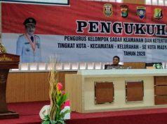 Walikota Herman HN memberi sambutan di acara pengukuhan pengurus Pokdar Kamtibmas se-Bandarlampung.
