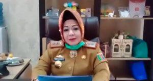 Kepala Dinas Kesehatan Lampung, Reihana, menjelaskan riwayat pasien virus corona nomor 02 yang meninggal di RSU Abdul Moeloek Bandarlampung, Senin dini hari (30/3/2020).
