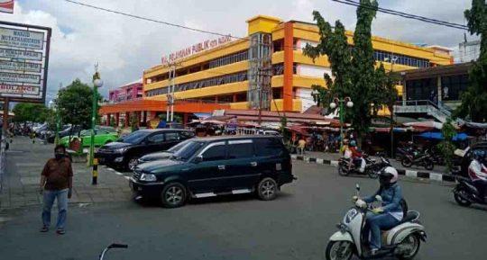 17 Pedagang Pasar Raya Kota Padang Positif Corona, 3 di antaranya Meninggal