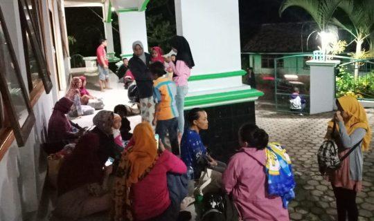 Gunung Anak Krakatau Meletus, Warga Pesisir Kalianda Mengungsi