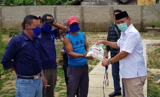 Mikdar Ilyas Sosialisasikan Raperda Rembug Desa dan Pencegahan Covid-19