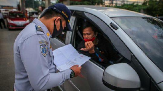 Ribuan Kendaraan Dipaksa Putar Balik karena Tidak Miliki SIKM