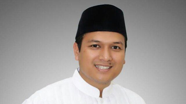 Pipin Sopian, calon legislatif dari Partai Keadilan Sejahtera. Awal karier politiknya dimulai dari staf ahli DPR. Foto: Pipin Sopian