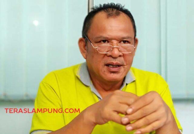 Kabag Perencanaan PDAM Way Rilau Adenan Heri saat menjelaskan target SPAM KPBU sampai ke pelanggan.