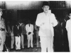 Pembacaan Teks Proklamasi Kemerdekaan Indonesia oleh Soekarno pada 17 Agustus 1945.(Kemdikbud)