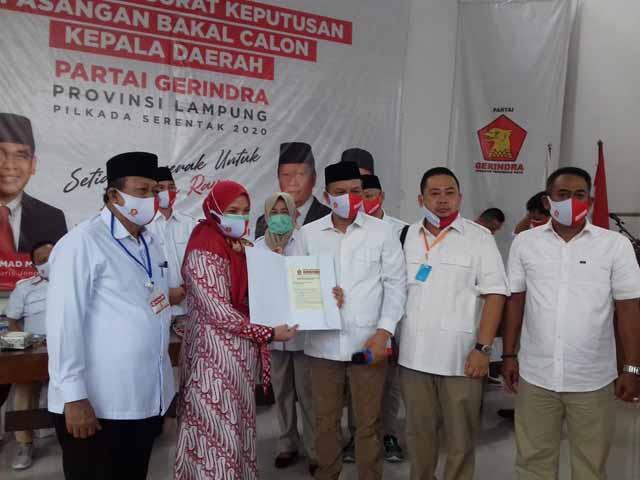 Gerindra Serahkan Form B1-KWK untuk Pasangan Bakal Calon Kepala Daerah di Lampung