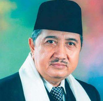 Pimpinan Ponpes Modern Gontor K.H. Abdullah Syukri Zarkasyi Wafat