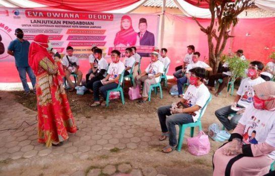Eva Dwiana berkampanye di Kelurahan Campang Jaya, Sabtu (31/10/2020).