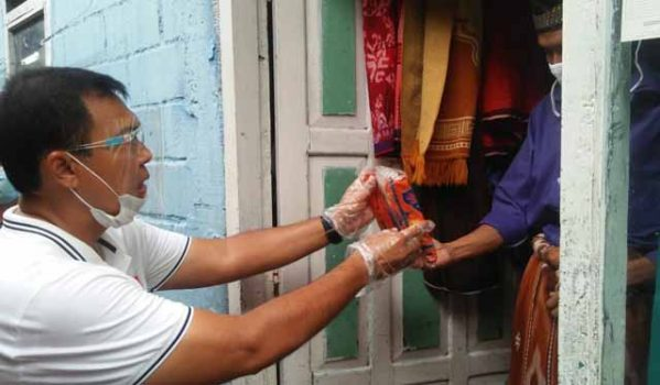 Rycko Menoza Lakukan Kampanye Door to Door di Enggal