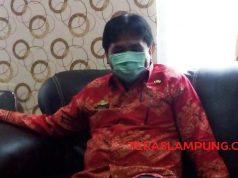 Sekretaris Badan Pengelolaan Keuangan dan Aset Lampung Utara, Yustian Adhinata menjelaskan seputar aliran dana BOK yang menyebut - nyebut namanya, Kamis (8/10/2020). Foto: Teraslampung.com/Feaby Handana