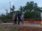 Persiapan pemakaman jenazah A, warga Sidomulyo, Lampung Selatan yang meninggal dunia karena Covid-19, Kamis petang (1/10/2020).