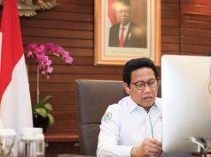 """Menteri Desa, Pembangunan Daerah Tertinggal dan Transmigrasi (Mendes PDTT) Abdul Halim Iskandar pada dialog panel bertema """"Kolaborasi antar-Sektoral untuk Mendukung Kemajuan Digital Menuju SDGs secara Virtual"""", Senin (2/11/2020). Foto: Kemendes PDTT"""
