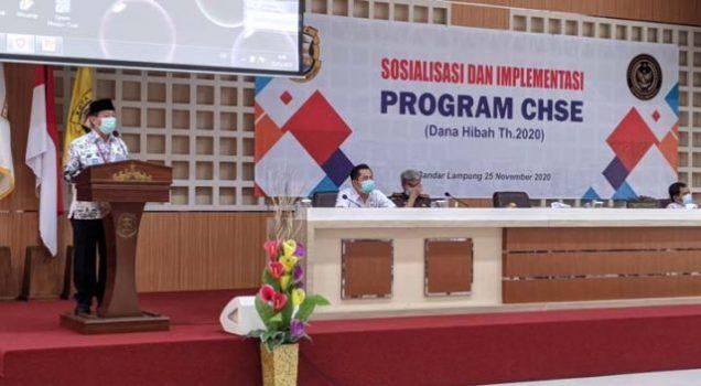Walikota Herman HN membuka acara Sosialisasi dan Implementasi Program CHSE dana hibah tahun 2020.