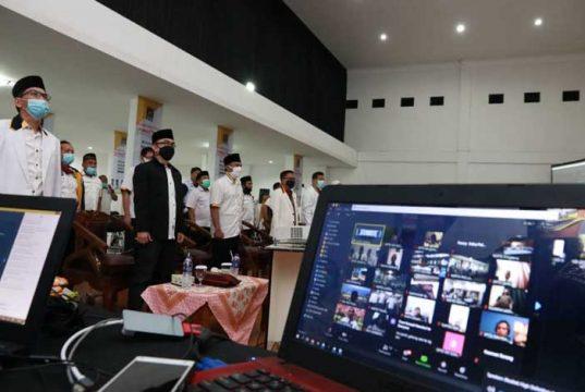 Para pengurus DPW PKS Lampung mengikuti Munas V PKS secara virtual, Sabtu (28/11/2020). Foto: Istimewa
