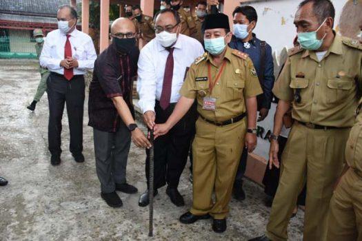 Bantu Sumur Bor, Walikota Herman HN Apresiasi OJK Lampung