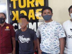 EYT (21), pelaku yang tega menghabisi nyawa keponakannya sendiri F yang masih berusia 8 tahun dengan cara digorok diamankan petugas di Mapolsek Terusan Nyunyai, Lampung Tengah. (Foto: Ist)