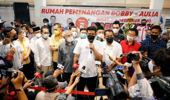 Muhammad Bobby Afif Nasution mengucapkan terimakasih kepada masyarakat Kota Medan yang telah menggunakan hak pilih di Pilkada Medan 2020 di Posko Pemenangan, Rabu (9/12). Dok: Terasmedan.co