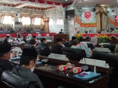 Suasana sidang paripurna penyampaian empat Raperda di gedung DPRD Lampung Utara