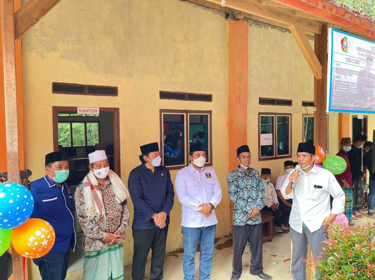 Reses di Desa Baru Ranji, Wahrul Resmikan Gedung Sekolah Islam Terpadu