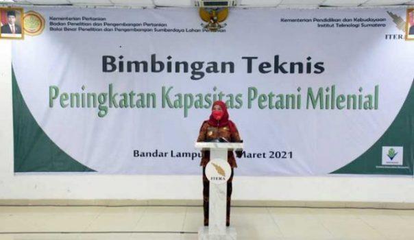 Walikota Eva Dwiana saat membuka Bimtek Peningkatan Kapasitas Petani Milenial oleh Badan Penelitian dan Pengembangan Pertanian Kementerian Pertanian RI di Kampus ITERA.