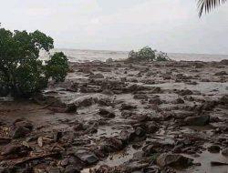 Banjir Bandang di Kabupaten Lembata NTT, 11 Orang Hilang