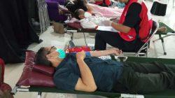 Donor darah dan donor darah konvaselen di DPW PKS Lampung, Rabu (7//2021).